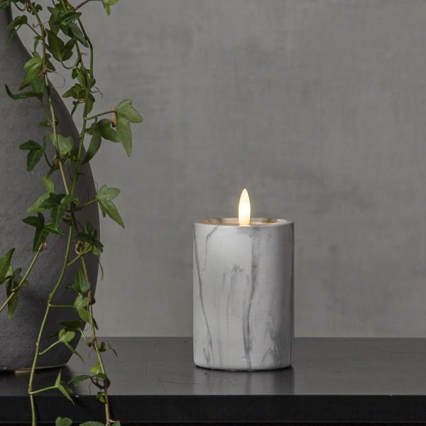 """LED Stumpenkerze """"Flamme"""" - Marmoroptik - Echtwachs - natürlich aussehende Flamme - Timer - H:12,5cm"""