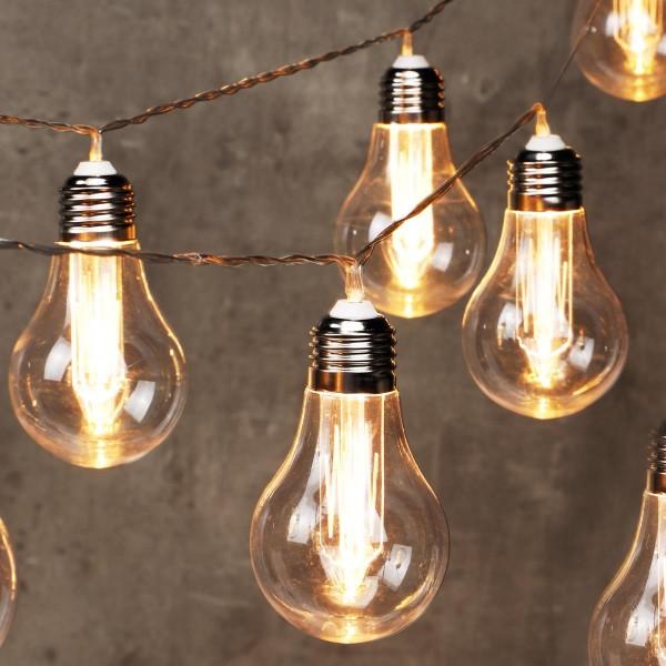 LED Lichterkette im Glühbirnen Design - 10 warmweiße LED Glühbirnen - L: 2,4m - Timer - Batterie
